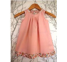 Robe trapèze romantique en tissu coton et liberty, tissus au choix : Mode Bébé par maud-et-carla-vetements-sur-mesure