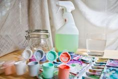 How to Mix Acrylic Paints for an Airbrush
