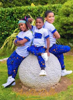 Baby clothes should be selected according to what? How to wash baby clothes? What should be considered when choosing baby clothes in shopping? Baby clothes should be selected according to … Baby African Clothes, African Dresses For Kids, African Children, Latest African Fashion Dresses, African Print Fashion, Couples African Outfits, African Attire, African Wear, Kids Outfits