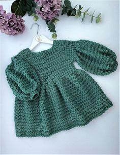 Crochet Baby Dress Free Pattern, Crochet Dress Girl, Knit Baby Dress, Baby Girl Dress Patterns, Knitted Baby Clothes, Baby Girl Crochet, Crochet Clothes, Winter Outfits For Girls, Girls Sweaters