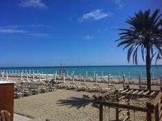 Il mare e la spiaggia a Finale Ligure. #visitriviera
