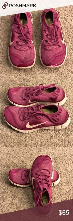 nike running shoes very good condition nike free runs. bought from another posher i'm trying to clean out my closet and i have way too many pairs of shoes i don't wear. Nike Shoes Sneakers