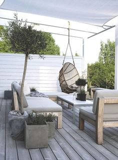 Awesome 35 Spectacular Outdoor Lounge Design Ideas To Try This Season. Outdoor Rooms, Outdoor Gardens, Outdoor Living, Outdoor Decor, Outdoor Ideas, Pergola Ideas, Patio Ideas, Fence Ideas, Outdoor Lounge Chairs