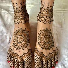 Pretty Henna Designs, Indian Henna Designs, Latest Bridal Mehndi Designs, Modern Mehndi Designs, Henna Art Designs, New Bridal Mehndi Designs, Dulhan Mehndi Designs, Mehndi Designs For Hands, Leg Mehendi Design