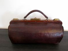Stunning Antique French Leather Doctors Bag-1900s by Decofanatique