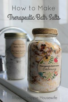 These therapeutic bath salts would make a great gift! How to Make Therapeutic Bath Salts - Modern Hippie Housewife #soapmakingbusiness