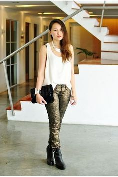 elegant white top and statement necklace create a perfect evening look Black Wedge Boots, Black Wedges, Gold Jeans, Studded Purse, White Tops, Harem Pants, Skinny Jeans, Purses, Elegant