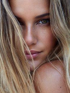 Stunning luminous skin, colouring, cute freckles & natural makeup. TheyAllHateUs.com