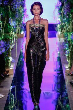 Défilé Guo Pei Haute couture automne-hiver 2017-2018 24