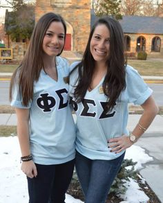 great tee/letter color combo!