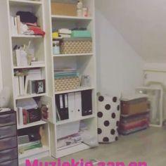 Het eerste deel van mijn #werkkamer is al gedaan, nu de rest nog 😱 #nopictures #onebigmess #creativepeople