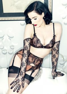 Von Follies by Dita von Teese Savoir Faire Suspender Belt Y46957 | Black & Antique | Lace | Garter Belt