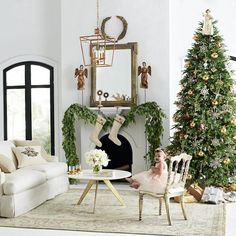 He Thinks That All Wall Mirrors Are Tacky | Laurel Home - home decked out for Christmas in neutral colors - via Wisteria