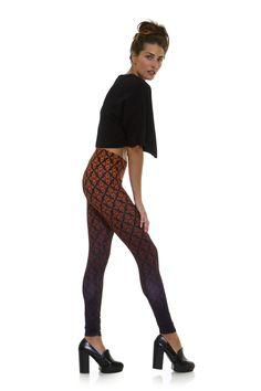 Leggings diseño exclusivo fabricado en España Modelo WALLPAPER www.legx.es