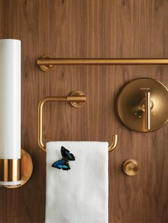 Nothing elevates a bathroom quite like the Purist Accessories in gleaming, shimmering gold.