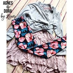 This gorgeous ruffle! It's so perfect for spring! . . #agnesanddora #agnesanddorabyayano #legginglife #instagood #shopsmall #madeinuaa
