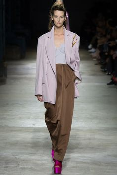 Dries Van Noten Spring 2016 Ready-to-Wear Collection Photos - Vogue
