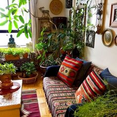 Make your Living room all the more beautiful, cozy, relaxing & boho chic with a bohemian decor. Here are the best Bohemian living room decor ideas for Room Decor, Decor, Interior Design, Bohemian Living Room Decor, Home, Living Room Plants, Indian Home Decor, Bohemian Living Room, Home Decor