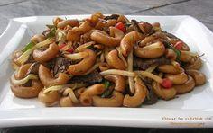 Dans la cuisine de Blanc-manger: Macaroni chinois de Wimzie Asian Recipes, Beef Recipes, Vegetarian Recipes, Macaroni Chinois, Thai Shrimp Soup, Macaroni Recipes, Main Dishes, Sausage, Food And Drink