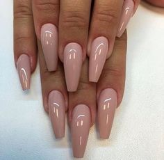 Want some ideas for wedding nail polish designs? This article is a collection of our favorite nail polish designs for your special day. Nude Nails, Stiletto Nail Art, Acrylic Nails, Blush Nails, Acrylics, Hair And Nails, My Nails, How To Do Nails, Bio Gel Nails
