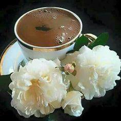 Happy Coffee, Good Morning Coffee, Coffee Girl, I Love Coffee, Coffee Break, Brown Coffee, Tea Cafe, Coffee Cafe, Coffee Drinks
