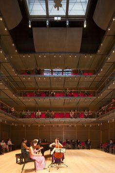 Isabella Stewart Gardner Museum / Renzo Piano- new Calderwood Hall, a must for music lovers. The acoustics are divine.
