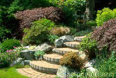 semi circular garden steps