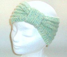 Stirnband FROSTY PASTELL in eisgrün - 100% warme Ohren: Es muss nicht immer Mütze sein, wenn man sich warmhalten will.