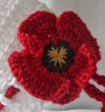 Great Lakes 5000 Poppies Project, sponsored by the Forster-Tuncurry Anglican Church and RSL sub-branch. Crochet Poppy Free Pattern, Crochet Flower Tutorial, Crochet Flower Patterns, Crochet Flowers, Crochet Appliques, Crochet Ideas, Knit Or Crochet, Crochet Crafts, Yarn Crafts