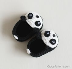 Free Crochet Pattern – Panda Baby Booties
