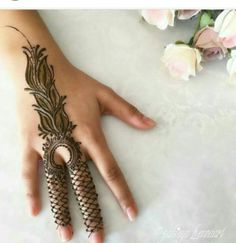 Henna Designs For Kids, Back Hand Mehndi Designs, Mehndi Designs 2018, Stylish Mehndi Designs, Bridal Henna Designs, Beautiful Henna Designs, Beautiful Mehndi, Mehandi Designs, Rangoli Designs