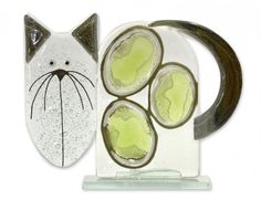 Fused Glass - Cat Small Green by Nobile Glassware. Available from Artworx Gallery, Shropshire. www.artworx.co.uk