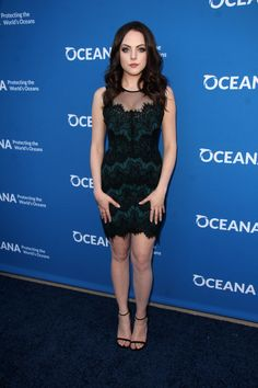 Elizabeth Gillies arrives at A Concert For Our Oceans at Wallis Annenberg Center for the Performing Arts on September 28, 2015 in Beverly Hills, California.