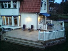 Vil også ha terrasse på to sider av huset :)