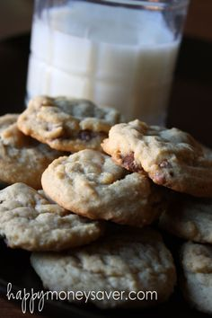 Large Batch Chocolate Chip Cookies {Freezer style}