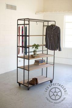 Numéro 7 Un Placard Roulant Iron & Wood Garment Rack