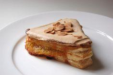 Los bilbaínos y bilbainas ya nos hemos comido una carolina de Bilbao, un bollo de mantequilla de Bilbao, un pastel ruso de Bilbao y un pastel de arroz de Bilbao. Tanto dulce podría parecer que nos ...