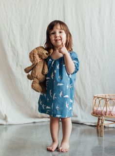 Love this sweet bird print for summer and 4th of July!