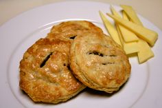 Eccles Cake & Lancashire Cheese