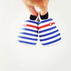 Joyeuse fête nationale ! https://www.paquet-calin.com/categorie-produit/linge/chaussons/