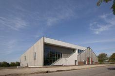 Architects: C. F. Møller Architects Location: Hvidkildevej, Aarhus, Denmark Client: VIK Gymnastik Engineering: Moe & Brødsgaard A/S Size: 1,600m2