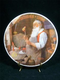 1984 Knowles LTD Norman Rockwell's Santa in His Workshop Fine China Plate EUC