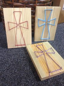Dancing Commas :: Workshop of Wonders VBS Craft :: String art crosses
