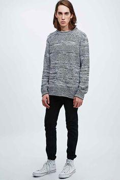 b116d809b27 Pull en tricot texturé à rayures monochromes Urban Outfitters