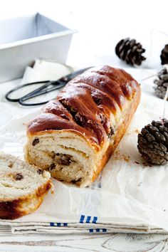 Halva and chocolate bread