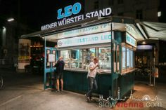 """stand """"LEO"""" in where People meet to indulge in all varieties of Austrian Sausages since Heart Of Europe, Slow Travel, Sausages, Vienna, Austria, Places To See, Leo, Restaurants, Drink"""