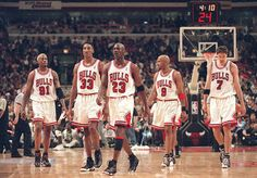1996 Chicago Bulls Starting 5' 72 win team.