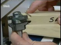 How to Use a Router (Part 2) - YouTube Woodworking Table Saw, Jet Woodworking Tools, Woodworking Quotes, Woodworking Projects That Sell, Router Woodworking, Cnc Router, Using A Router Table, New Yankee, Router Projects