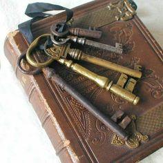 Vintage keys & book