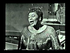 """Ella Fitzgerald, Oscar Peterson- Anothe clip of """"Air Mail Special """" from Canadian telecast 1961. She NEVER repeat herself twice...never :)"""